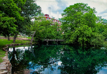 new braunfels river scene