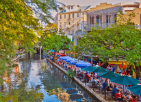 golden hour on the river walk